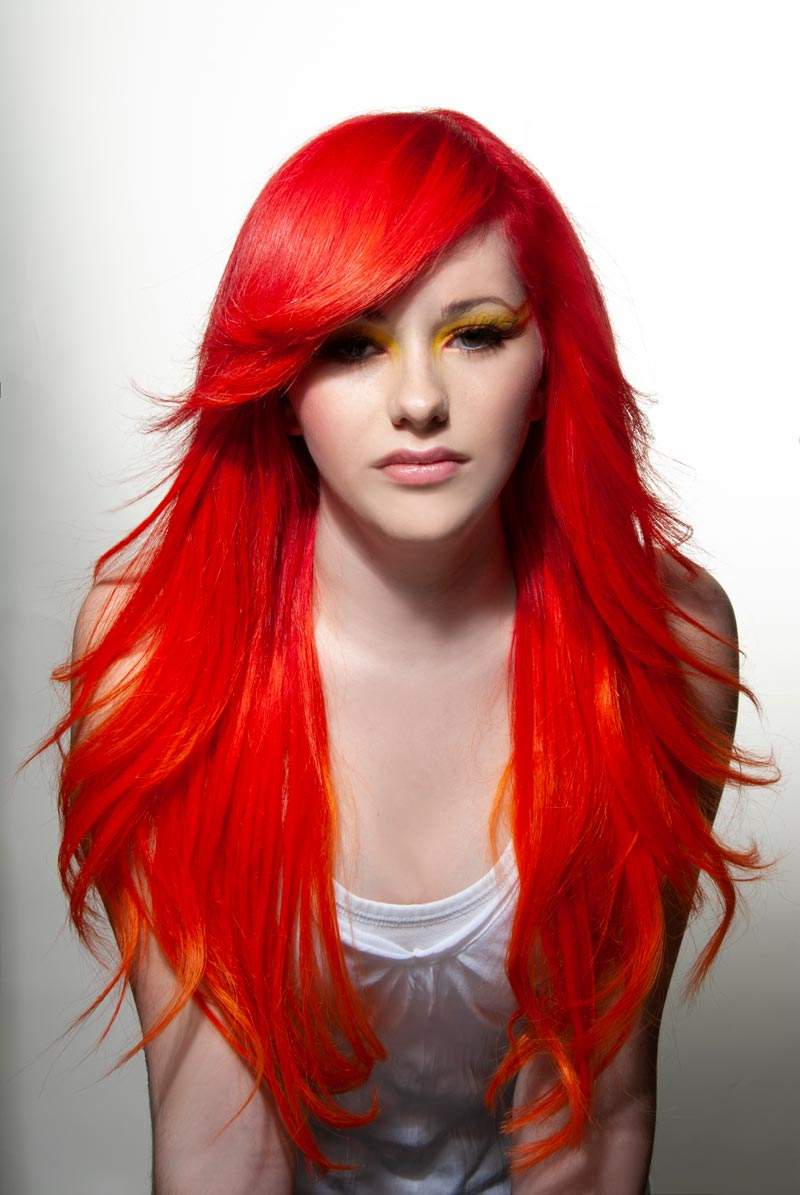 Haarverlaengerung und Haarfarbe mit Elumen RR und Great Lengths