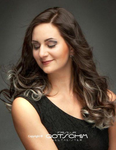 Haarverlängerung mit Silbereffekt 2
